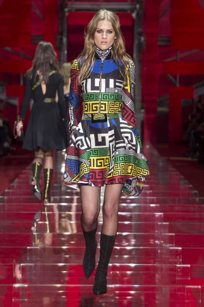 Versace Women's Fall Winter '15-'16 Look 20