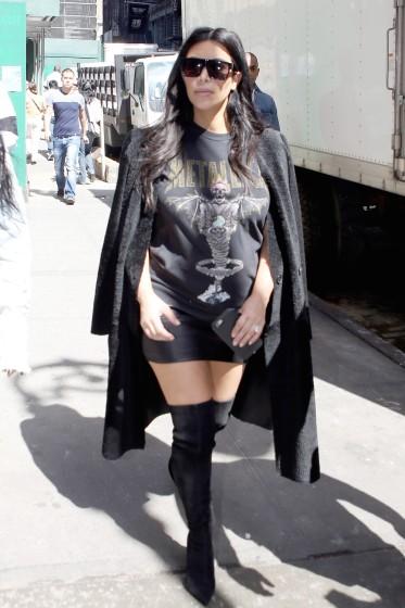 Heavy Metal Mom, Kim Kardashian steps out with a friend to shop