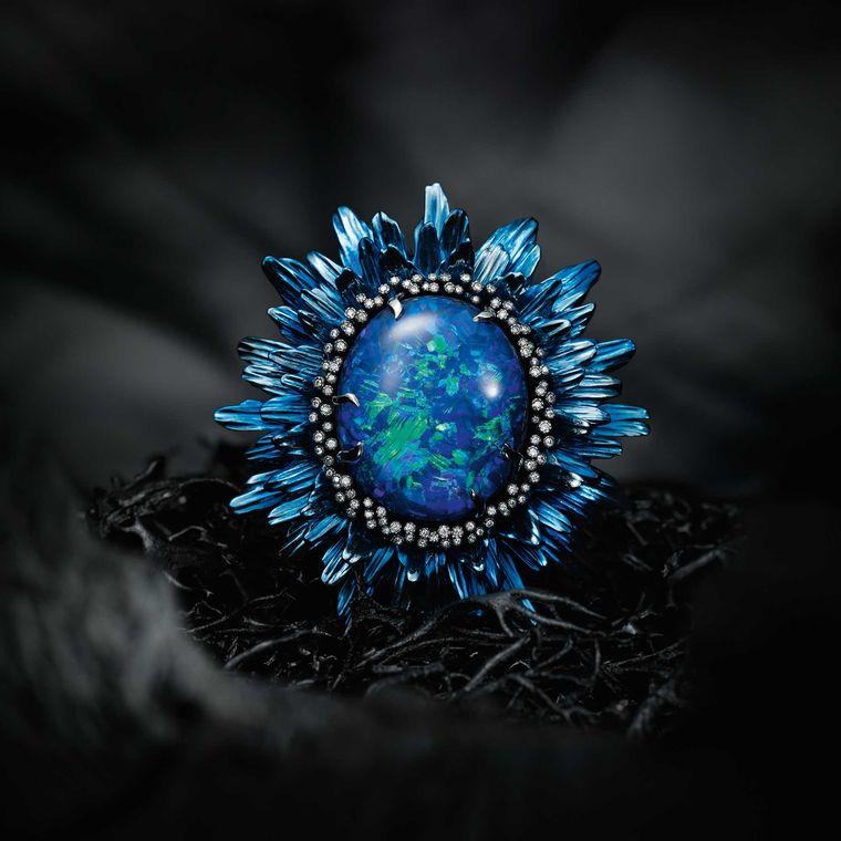 chopard_fleurs_dopales_ring_blue_with_tsavorites.jpg--760x0-q80-crop-scale-media-1x-subsampling-2-upscale-false