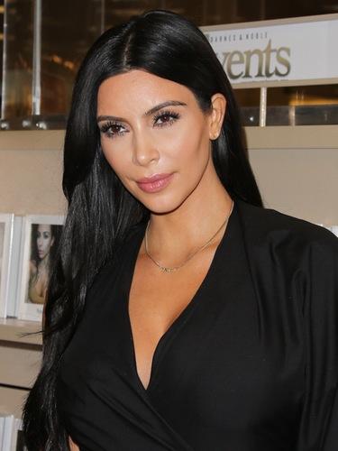 kim-kardashian-naked-keeping-up-with-the-kardashians