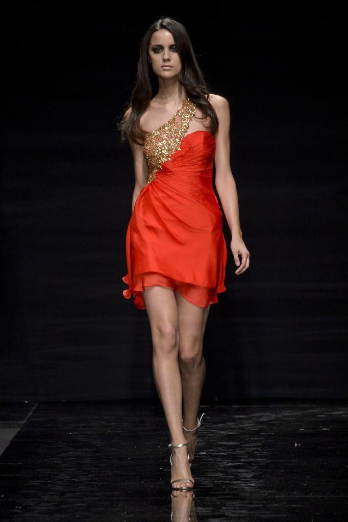 resized_24-Rani Zakhem  For the love of  Lola-Lola    Couture FW 15-16 - Rome