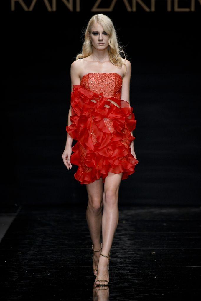 resized_26-Rani Zakhem  For the love of  Lola-Lola    Couture FW 15-16 - Rome