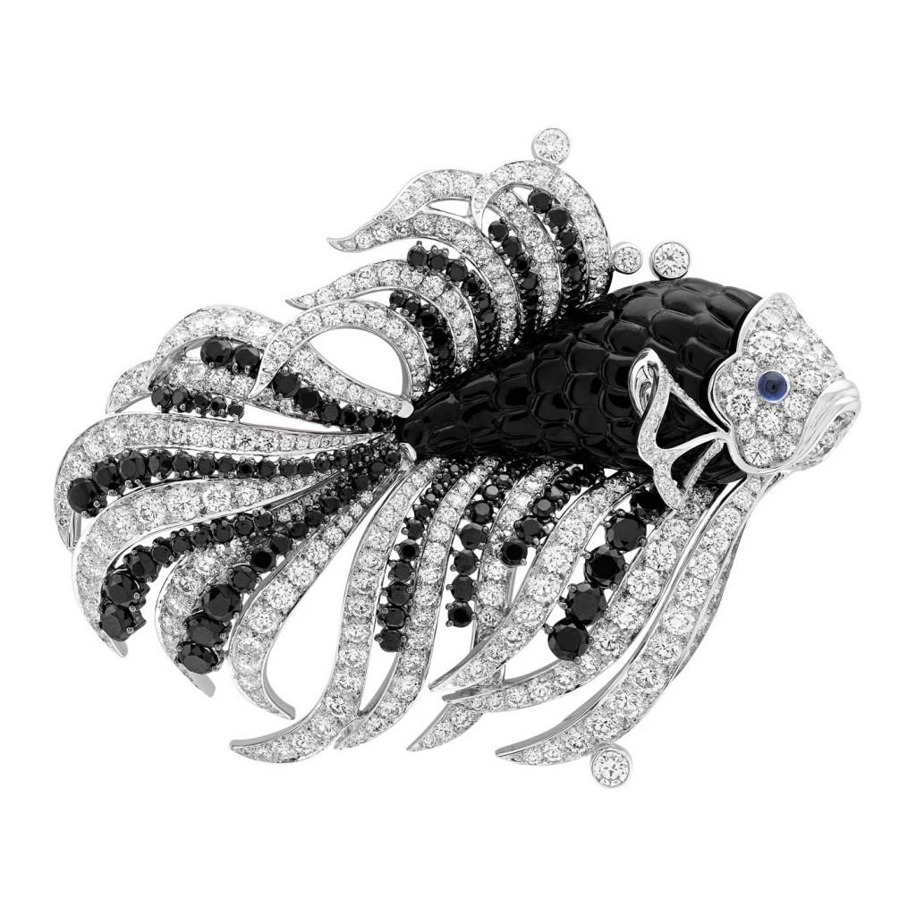 van_cleef_arpels_seven_seas_black_sea_clip_nageur_noir_blanc