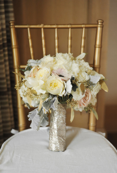 wedding-bouquets-hand-tied-wrapped-gold-sequins