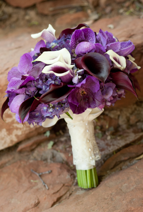 wedding-bouquets-hand-tied-wrapped-pearl-ribbon