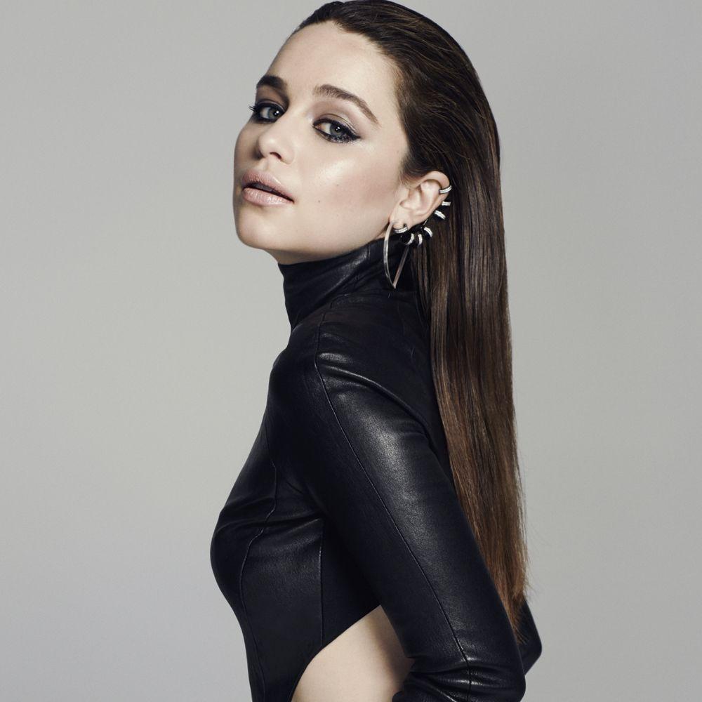 إميليا كلارك (1)