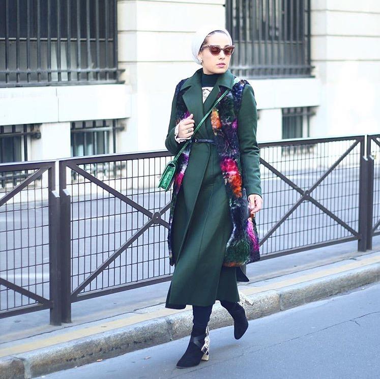 اطلالة خريفية رائعة نسقتها مدونة الموضة آسيا