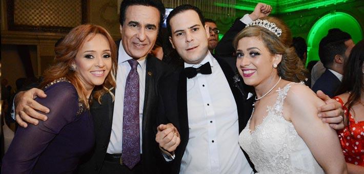 النجوم يشاركون ناصر سيف فرحته بزواج ابنته (12)