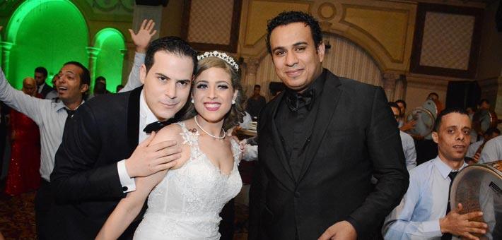 النجوم يشاركون ناصر سيف فرحته بزواج ابنته (2)