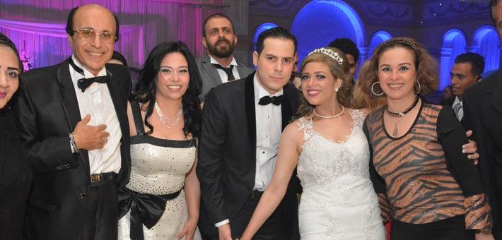 النجوم يشاركون ناصر سيف فرحته بزواج ابنته (9)