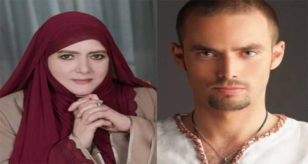 بالصورة-لأول-مرة-..شمس-البارودي-مع-زوجها-وابنها-عمر-في-بداية-تحجبها-