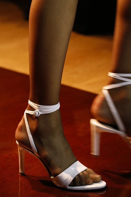 حذاء صيفي من نينا ريتشي