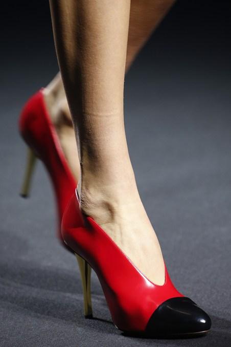 حذاء من لانفان