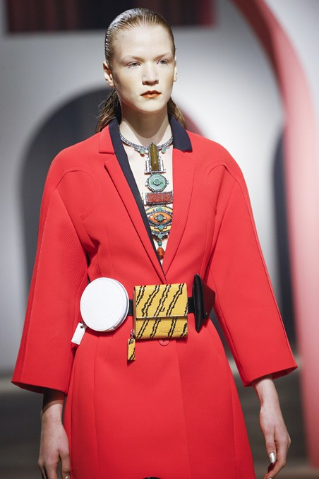 حزام مبتكر من كينزو