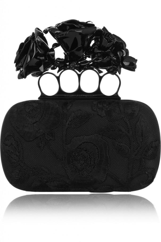 حقيبة رسمية من ألكسندر ماكوين