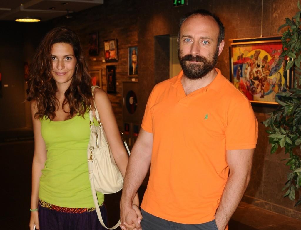 خالد أرجنش وزوجته برجوزار كوريل (1)