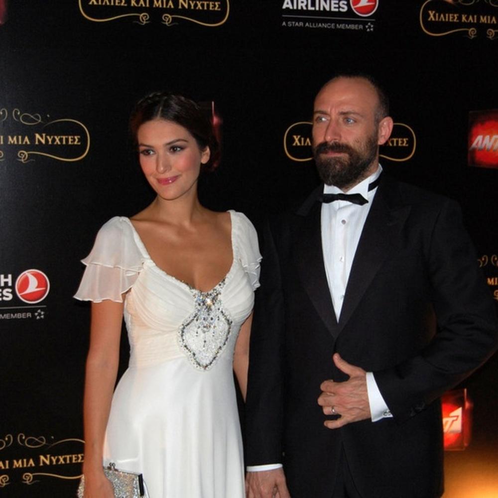 خالد أرجنش وزوجته برجوزار كوريل (2)