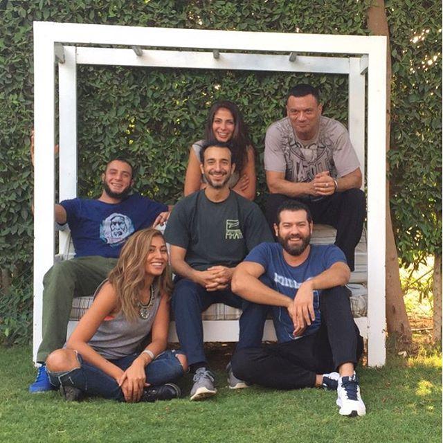 صورة للمجموعة مع المدرب