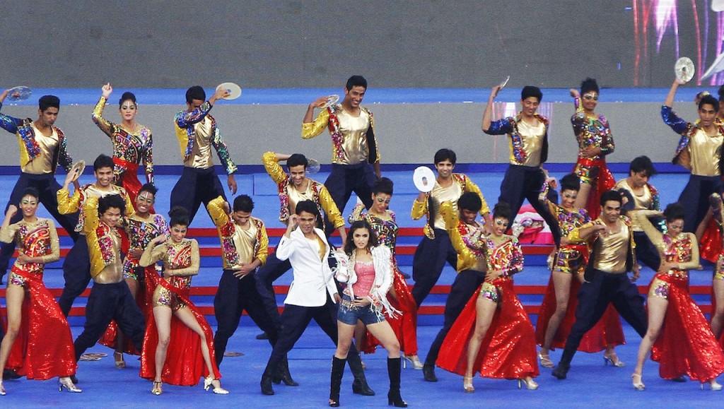عليا بهات في افتتاح الدوري الهندي (4)