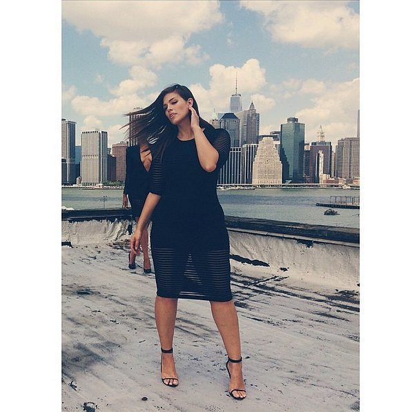 فستان أسود قصير2