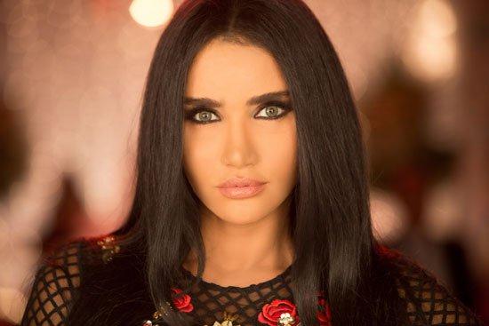 ميليسا تنتهي من أغنية أنا مصرية 100 (1)