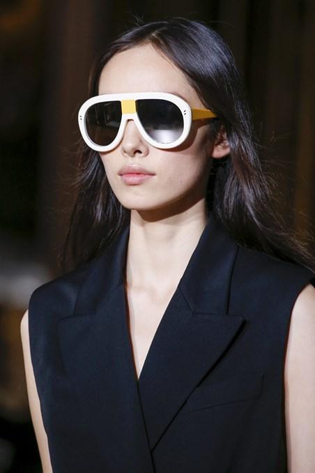 نظارات شمسية من ستيلا ماكارتني