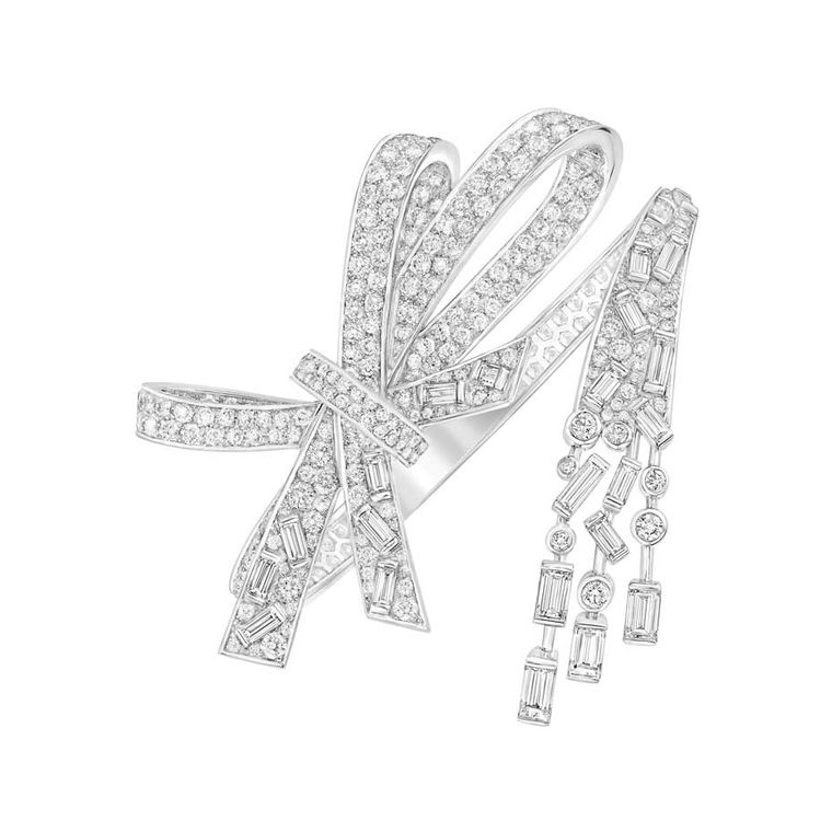 Chanel-High-Jewellery_Bracelet-Ruban-Prestige