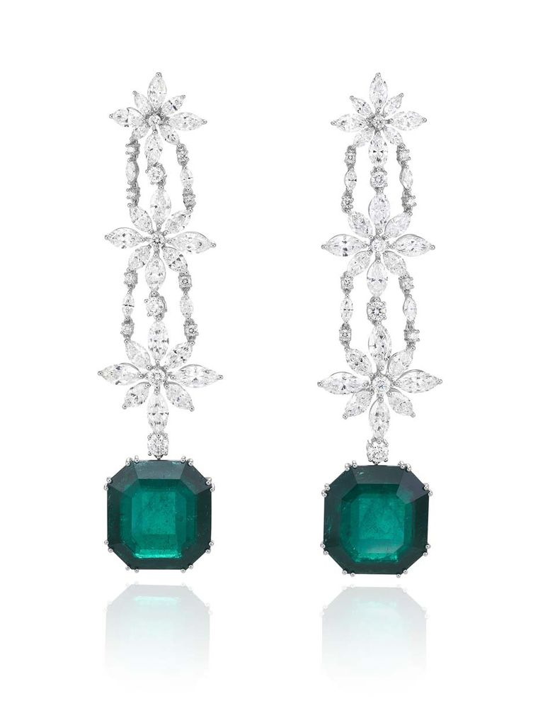 Chopard_Red Carpet Collection_Emerald and diamond drop earrings