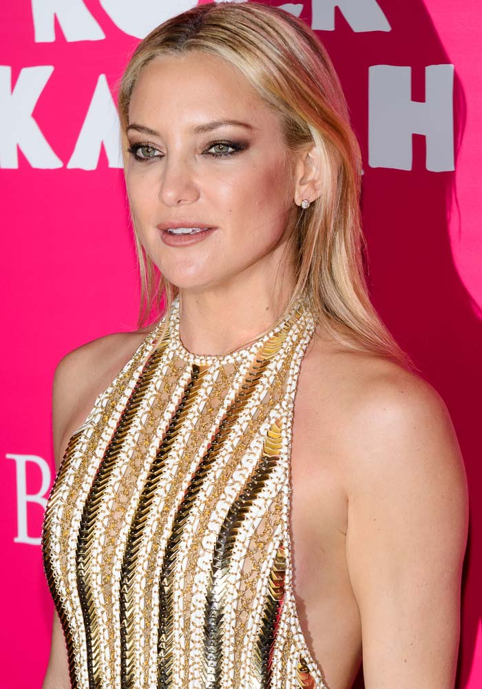 Kate Hudson in Balmain1