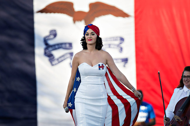 Katy-Perry-Hillary-Clinton-Concert-2015-Billboard-650
