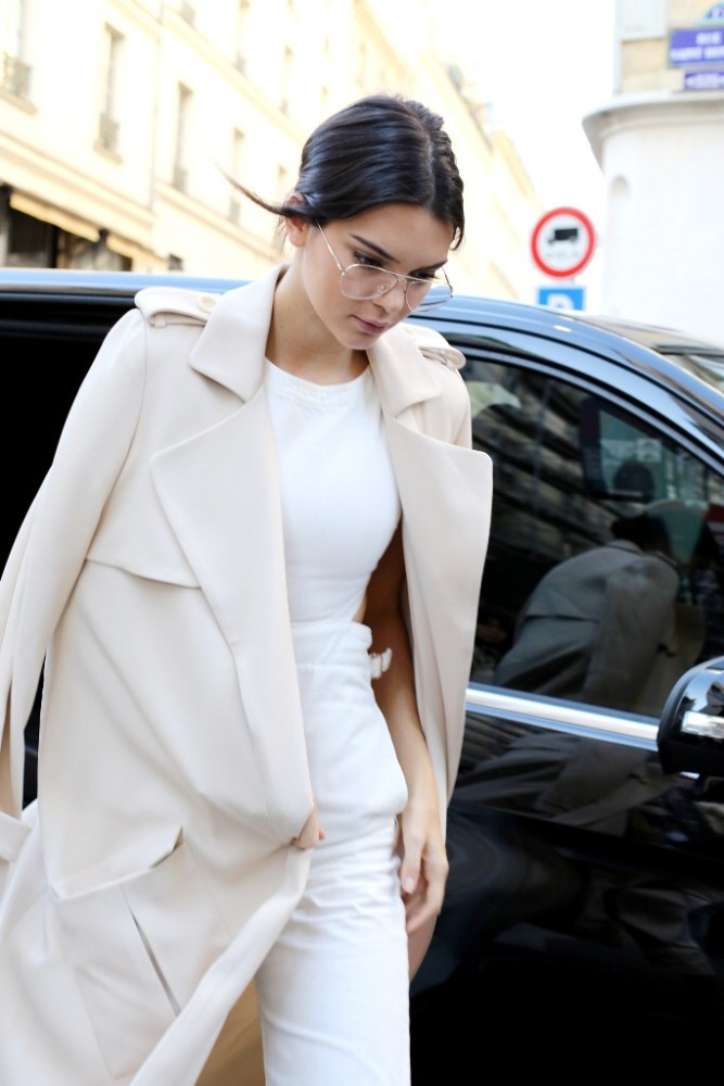 Kendall-Jenner-White-ASOS-Jumpsuit-Paris-Fashion-Week-3-667x1000