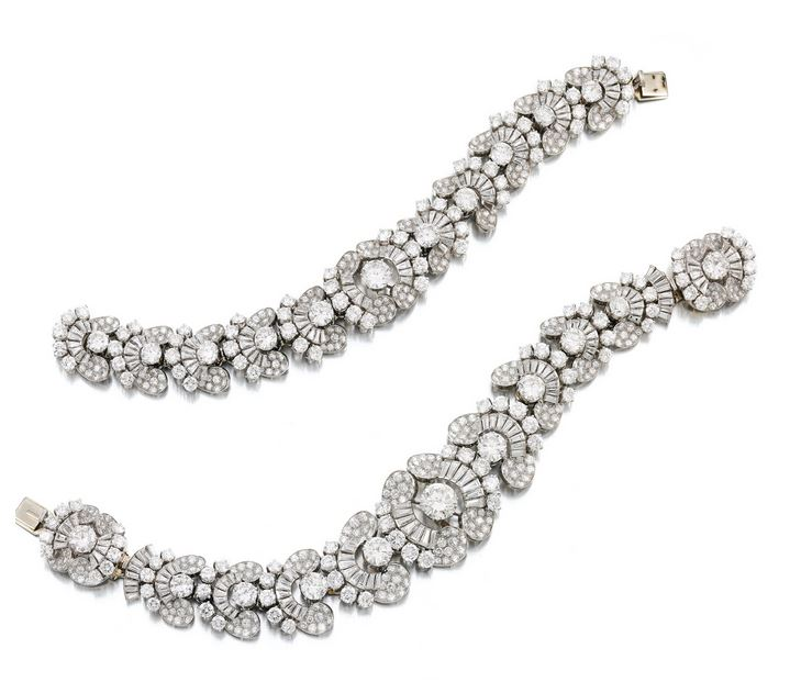 Lot-663-MAGNIFICENT-DIAMOND-NECKLACE-BRACELET-COMBINATION-BULGARI-1954-2