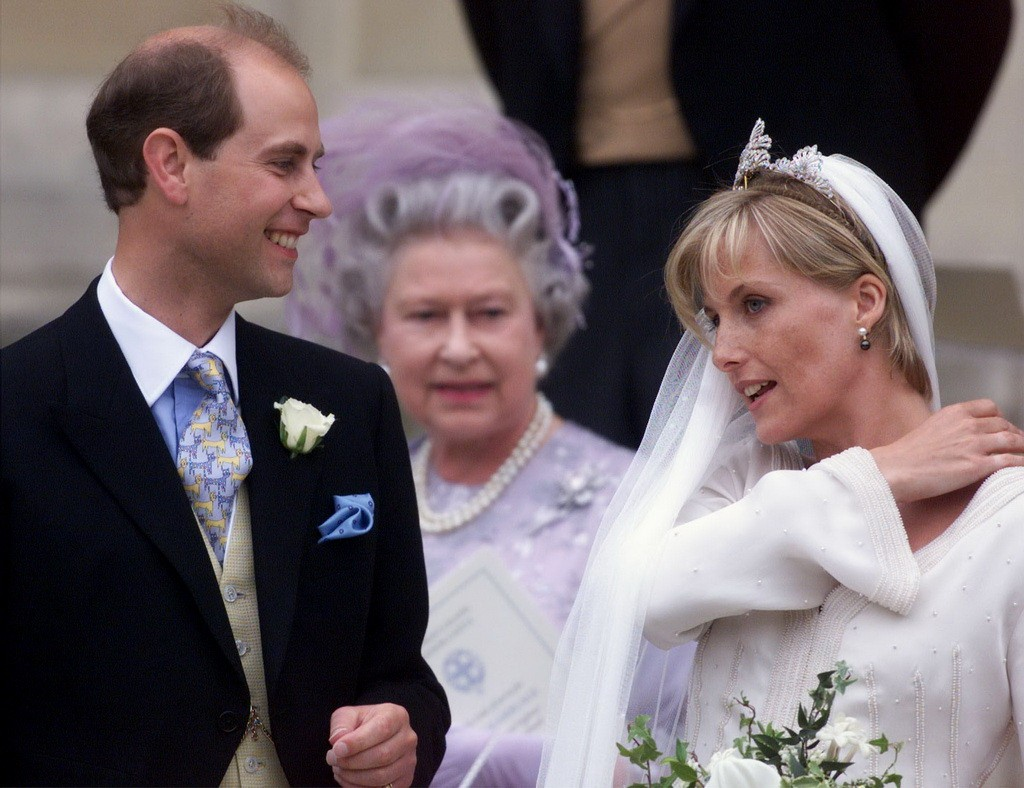 Prince Edward (L) and his new bride Soph