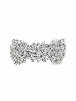 harry-winston-1959-lattice-diamond-bracelet-profile