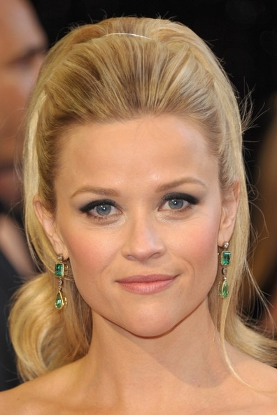 reese-witherspoon-and-35-ct-neil-lane-emerald-and-diamond-earrings-gallery
