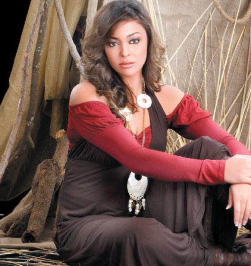 داليا البحيري (1)