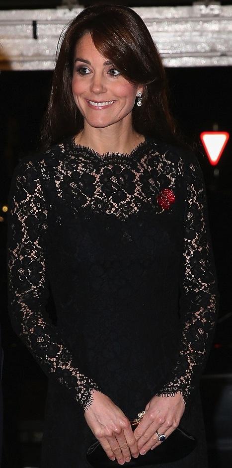 كايت ميدلتون اختارت فستان من الدانتيل من دولتشي أند غابانا