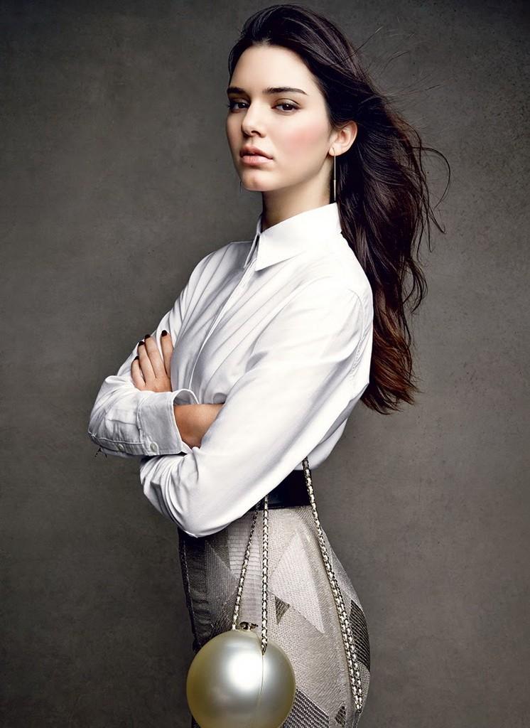 Celeber-ru-Kendall-Jenner-Vogue-Magazine-Photoshoot-2014-08