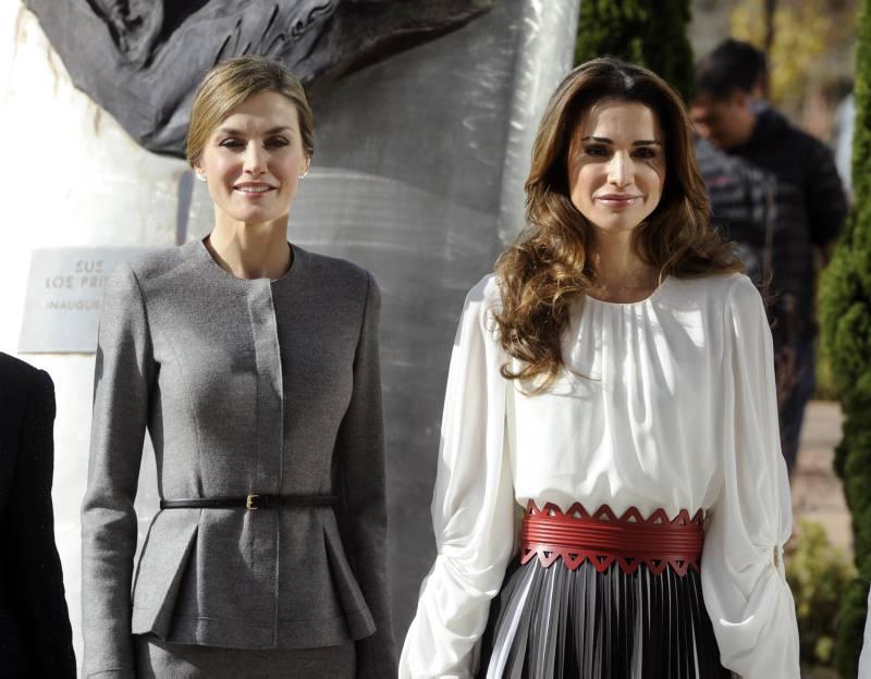 MADRID - LA REGINA LETIZIA E LA REGINA RANIA DURANTE UN WORKSHOP ALL UNIVERSITA' DI MADRID