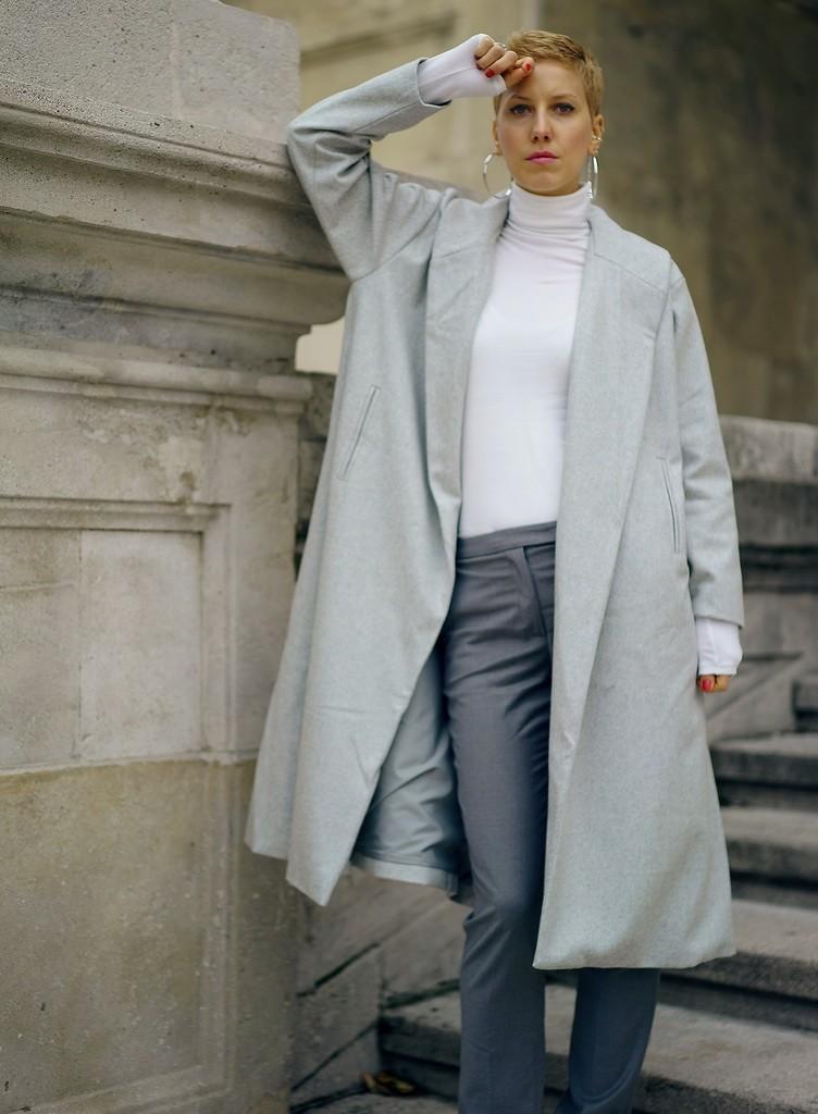 Long coat1