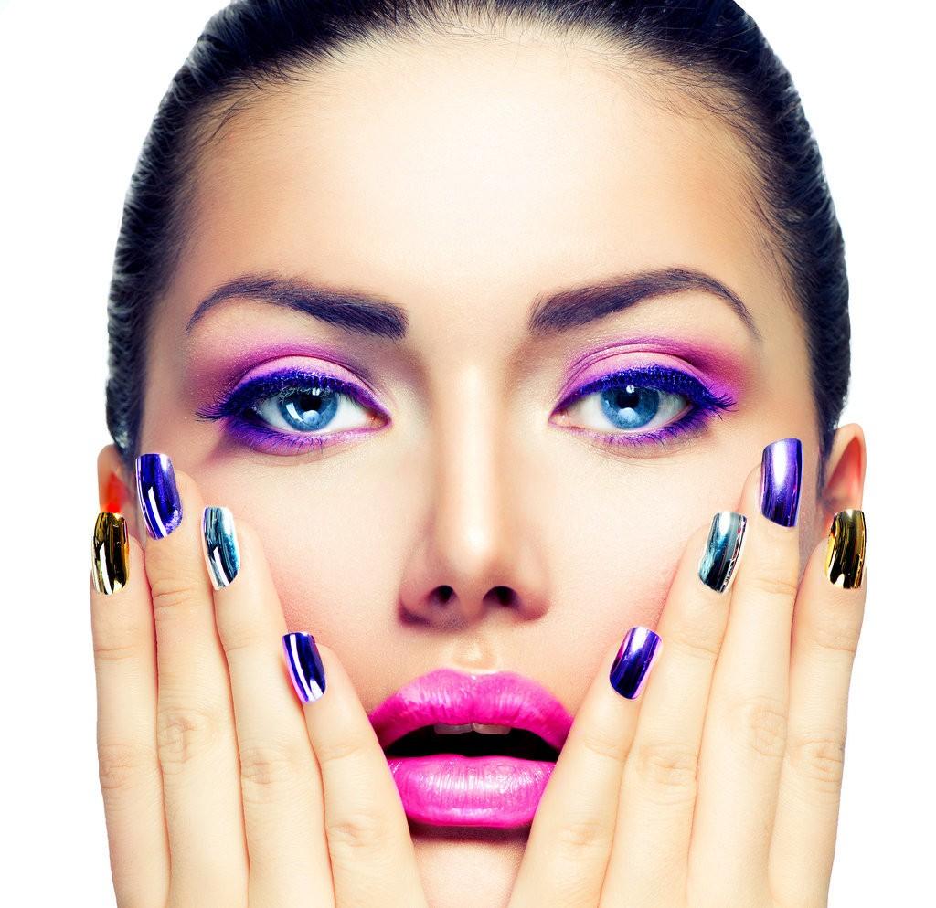 Nail polish and women (1)