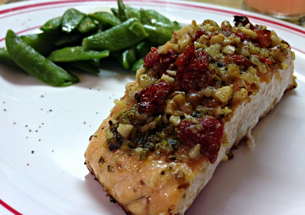 Salmon-baked-with-walnuts