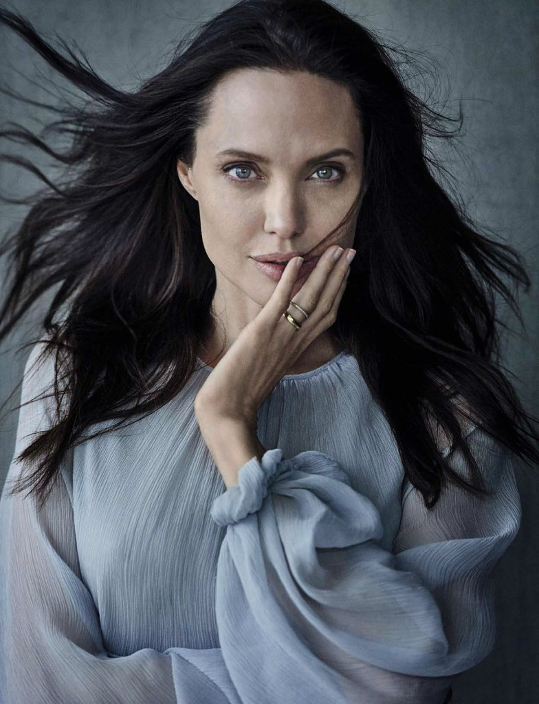 angelina-jolie-by-peter-lindbergh-for-vanity-fair-magazine-november-2015-issue_1