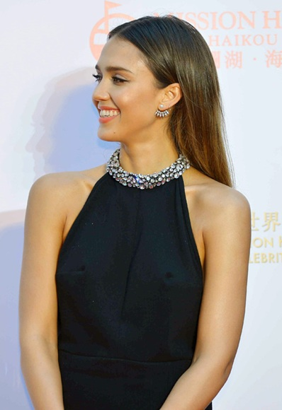 jessica-alba-china-rex