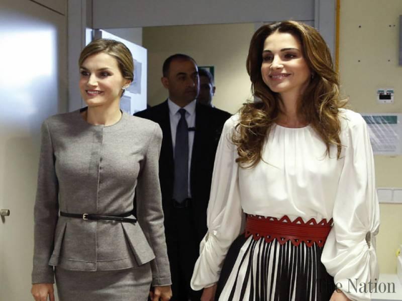 queen-letizia-of-spain-queen-rania-of-jordan-her-husband-king-abdullah-in-madrid-1448064990-5609