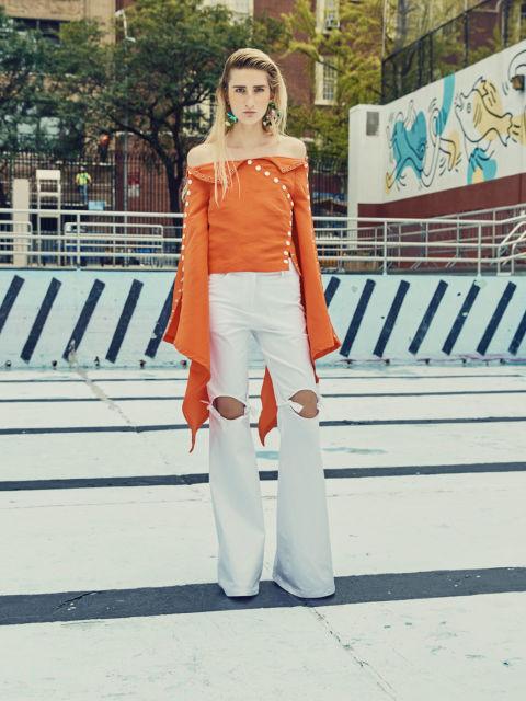 إطلالة الملابس ذات الأكمام الكبيرة أ (2)