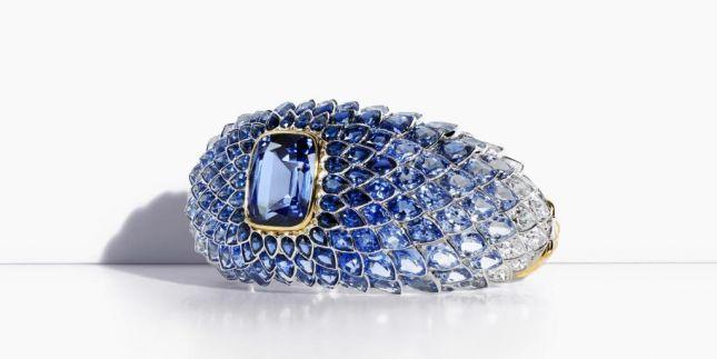 سوار من Tiffany&Co من مجموعة Blue Book