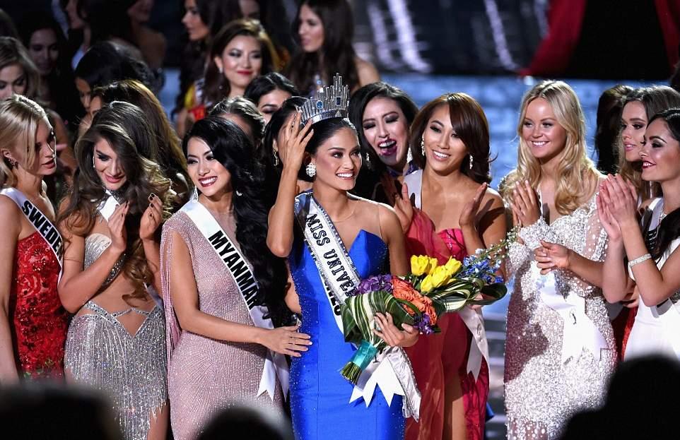 مسابقة ملكة جمال الكون لعام 2015 (25)