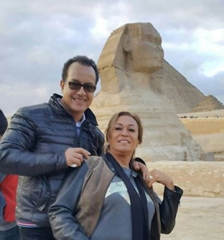 والدا سعد لمجرد بمصر