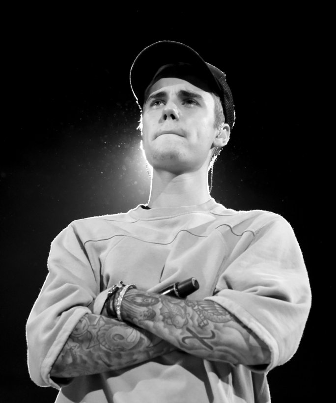 An Evening With Justin Bieber - Performances